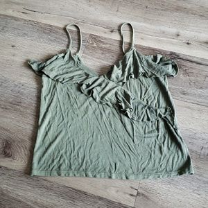American Eagle Crop Top Soft and Sexy Ruffle EUC